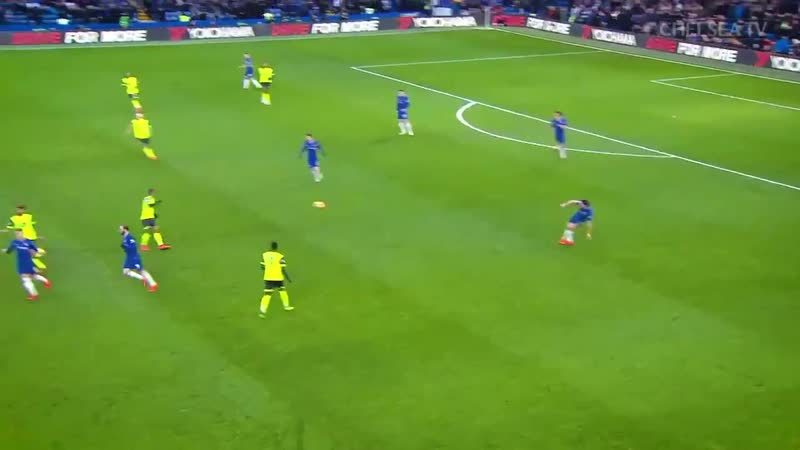 This is why you voted @hazardeden10 man of the match against Huddersfield...