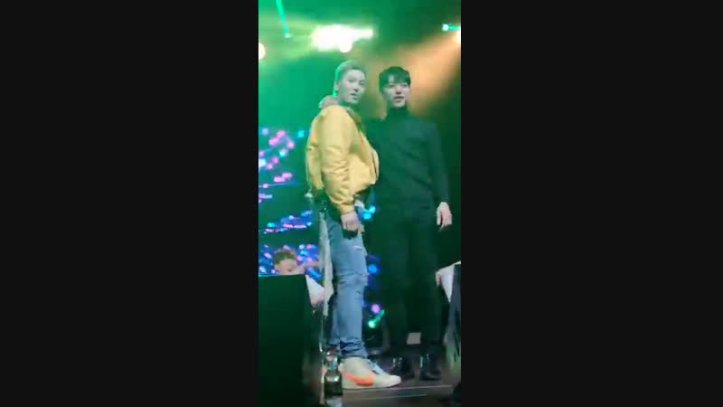 When Junhong was performing Howler Daehyun suddenly came on stage and joined him why is he like that hahaha - BAPinBerlin Foreve
