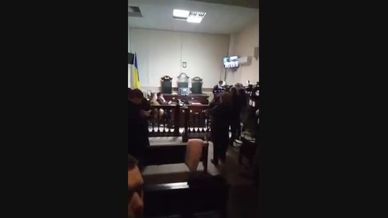 Елену Бойко на ночь глядя привезли в львовский суд на избрание меры пресечения