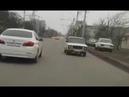 ВАЗ-2106 Шестерка едет задом наперед в Ставрополе