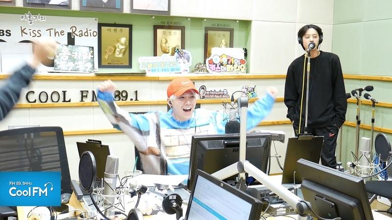 정준영 'CHEER UP (TWICE)' 노래방 라이브 /180403[이홍기의 키스 더 라디오]