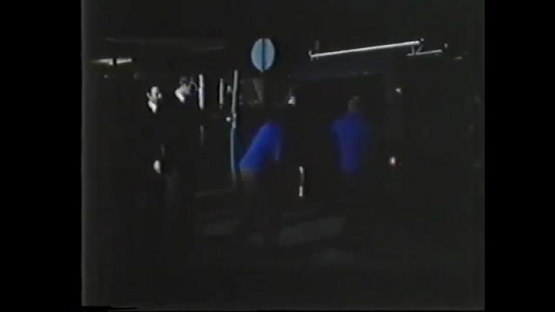 D'improvviso al terzo piano / Внезапно… на третьем этаже (1977) отрывок