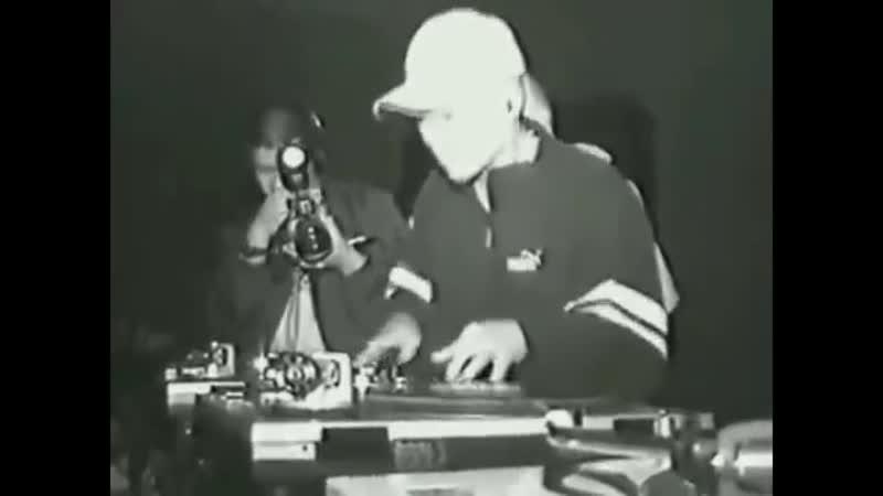 Rare scratching battle, DJ Craze v DJ Qbert