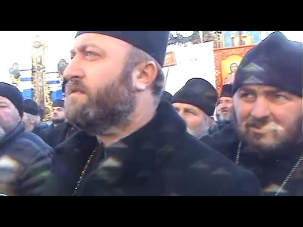 Прихильники Московського патріархату пікетували райдержадміністрацію у Глибоці
