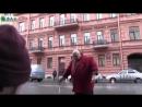Стас Барецкий рвет банку пива за Россию
