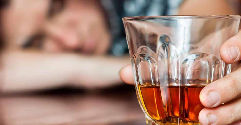 Пьянство может привести к алкогольному приступу.
