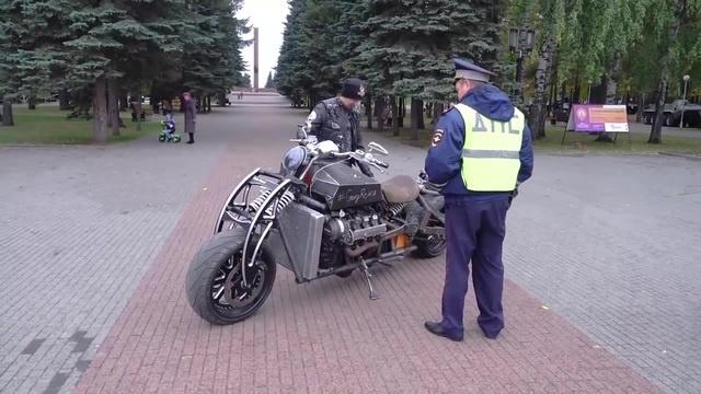 До 50 кубов, товарищ полицейский