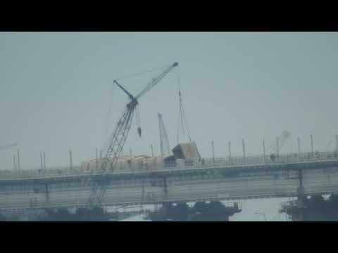 Керченский мост- идут работы по уборке конструкций на ж-д мосте.