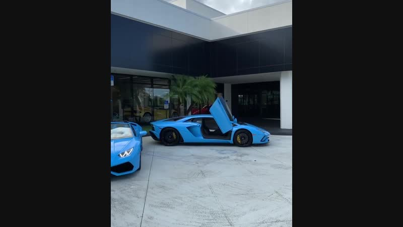 Which one would you take? Huracan Spyder or Aventador S? luxe_cars supercars luxecars luxurycars hypercar hyperbeast meg
