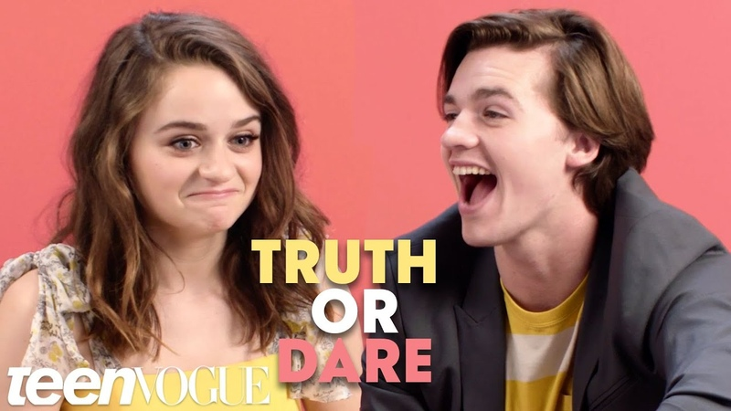 The Kissing Booth Cast Plays 'Truth or Dare' | Teen Vogue