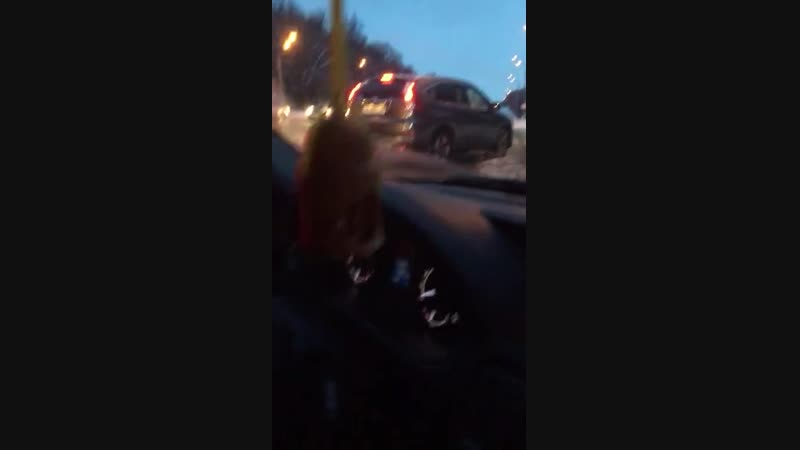 ГАЙ выстраивают живой щит из гражданских машин, для поимки беглеца! 🤯😤😬🤪