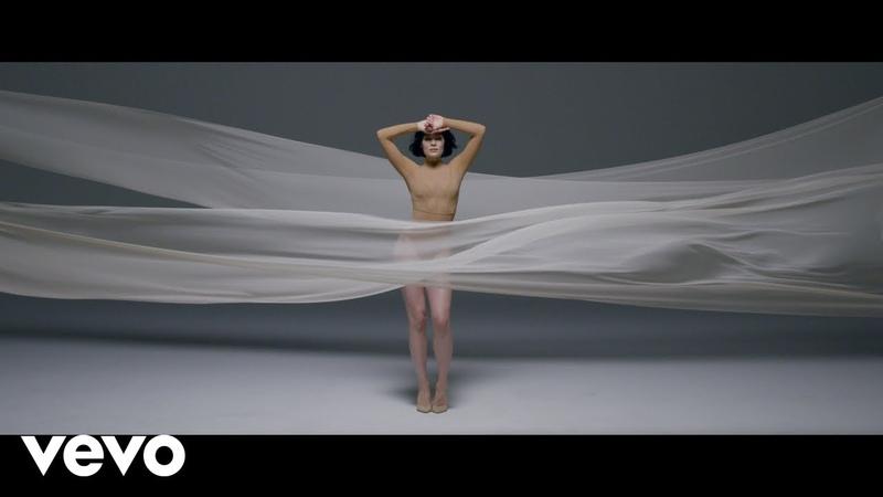 Jessie J - Queen