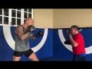 Брэндон Вера чемпион ONE в тяжёлом весе отрабатывает ударку