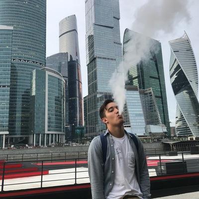 Марат Жаров
