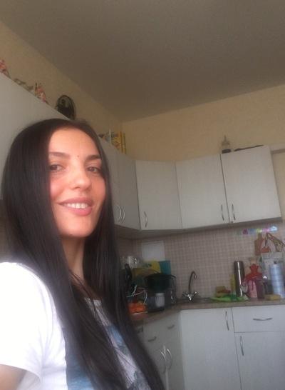 Елена Лобович