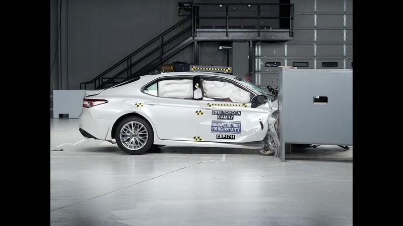 2018 Toyota Camry passenger side small overlap IIHS crash test