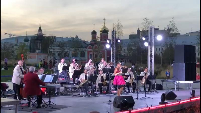 🎷 Оркестр Олега Лундстрема с программой «Кино и джаз»