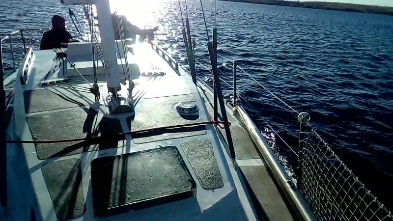14 октября яхта Натали по р.Уса, притоку Волги в порт Дружба г.Тольятти.