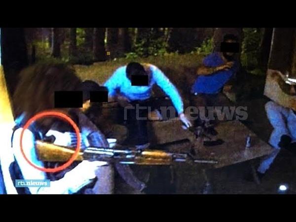 Bomvesten en kalasjnikovs terreurverdachten oefenen een aanslag