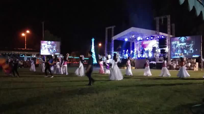 Meriahnya Tarian Natal di Tamiang Layang!