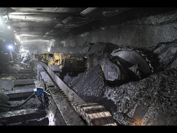 На шахте Денисовская установлен очистной механизированный комплекс польской фирмы «FAMUR»