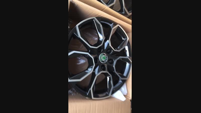 R17 Skoda Octavia RS Replica