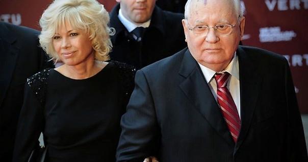 ПОХОЖДЕНИЯ «ДОЧЕРИ ГОРБАЧЕВА» Михаил Сергеевич Горбачев, после феерического развала великой Красной Империи решил не сидеть, сложа руки. Его энергичная натура, мечущаяся в благородных порывах,