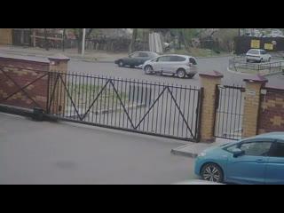 Школьник в благовещенске решил перебежать дорогу и два раза попал под машину