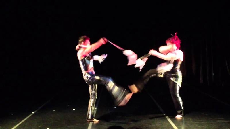 Poi Duet: GlitterGirl The Amazing Zihni, Flow Show 5, night 2: 20130406