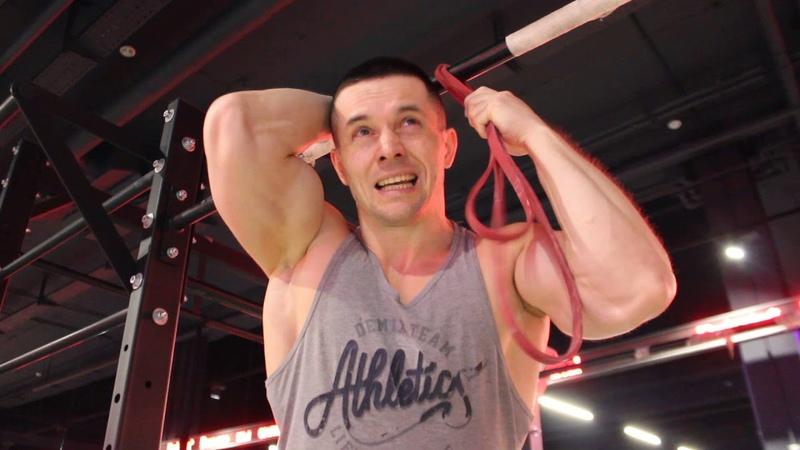 Подтягивания на одной руке: 5 раз на каждой при весе 100 кг! Как я это сделаю?
