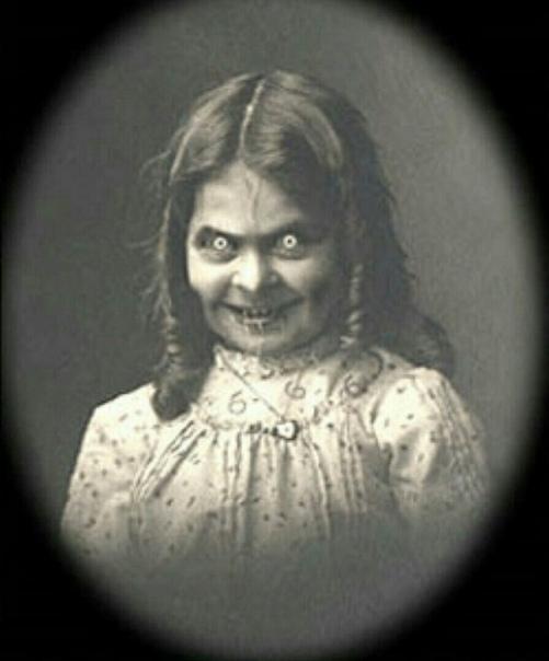 УЖАСНАЯ ИСТОРИЯ СНИМКА! Этот снимок был запрещен в США до 2000-го года. Все из-за истории, которую он таит в себе: девушка на этом фото была мертва ДО того, как этот снимок был сделан! Но самое