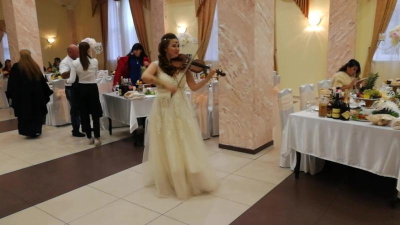 Великолепный век - скрипачка Екатерина Забава