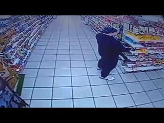 Наглые воры Стерлитамака магазин Магнит по улице Блюхера
