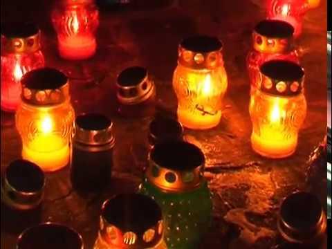 Свічки пам'яті в Білокуракине Монумент Скорботна Мати 06 05 2010