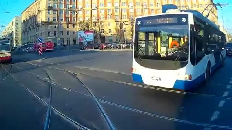 Авария трамвай и Тролейбус