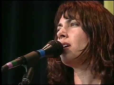 Susanna Hoffs Singing At The 1997 Lilith Fair