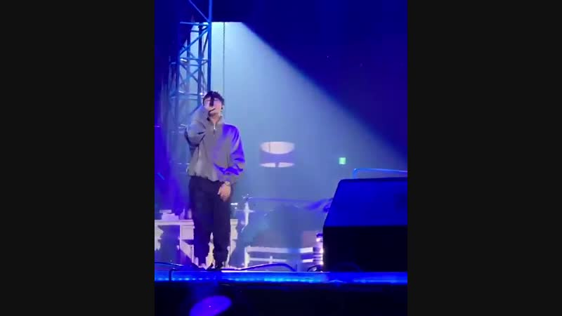 Simon Dominic performing Who You Remix at Nerdy x Festival 2019