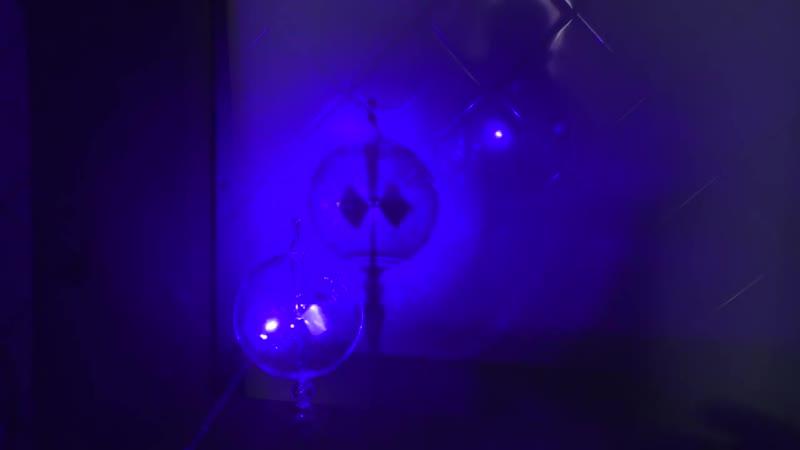 Самый простой вечный двигатель из Радиометра Крукса демонстрирует нам