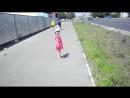 В целом мире лишь одна я вот такая заводная-baby dances on the street-el-pesnja-qqq-scscscrp
