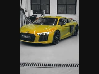 Audi Ауди хамелеон. Красивое авто. Супер крутая тачка, цвет шикарный