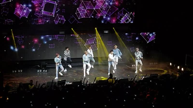 [VK][180617] MONSTA X - Because of U @ THE 2ND WORLD TOUR 'The Connect' in London