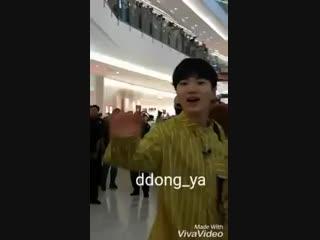 [201018] Сонджон в торговом центре IOI. Малайзия. (cr.ddong_ya_)