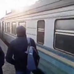 """Хуёвый Киев 🔞 on Instagram: """"Зацеперы на Троещине.#хуевыйкиев"""""""