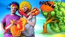 Video e giochi con Mega Nerf. Una sorpresa per Clowns. Giocattoli per ragazzi