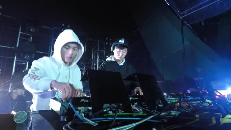 Justin Oh b2b Terry Zhong - Electric Jungle Music Festival (09.12.2018)