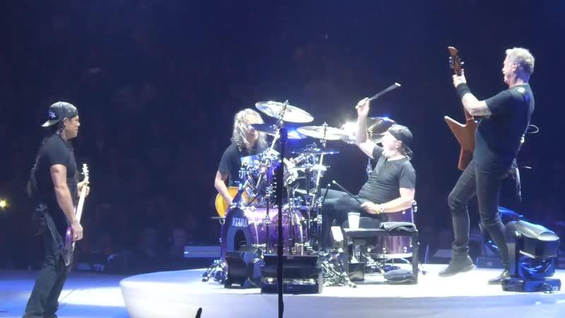 "_""Welcome Home (Sanitarium)_"" Metallica@PPG Paints Arena Pittsburgh 10_⁄18_⁄18"