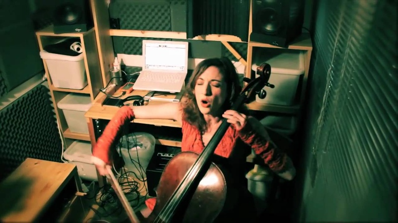 Shed Sessions: Laura Moody - Oh Mother
