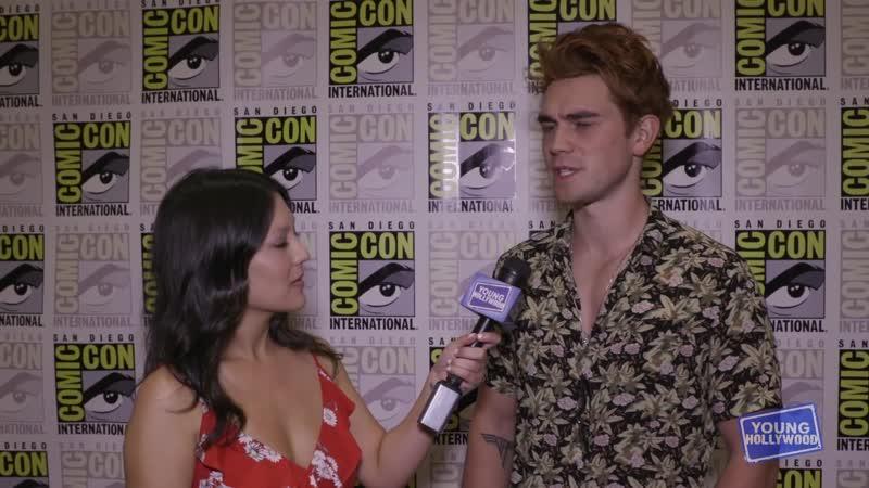 2018 › интервью для «Young Hollywood» в рамках конвенции «Comic Con» › 21 июля
