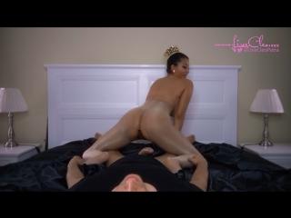 Livecleo - pantyhose queen fucks slave private