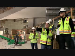 Stephen and Ayesha stopped by Chase Center for a tour of the Warriors new home.